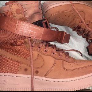 Nike Sf A1 dusty peach